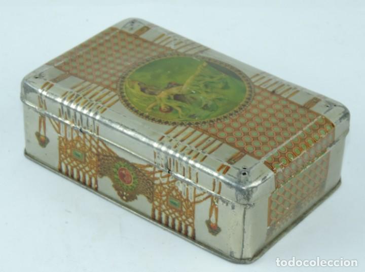 Cajas y cajitas metálicas: CAJA DE HOJALATA LITOGRAFIADA CON PUBLICIDAD DE CONFITERIA SALINAS, ALCALA DE HENARES, MADRID, PRECI - Foto 4 - 164532126