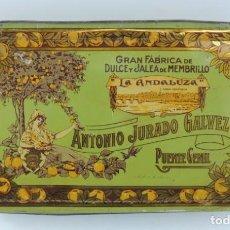 Cajas y cajitas metálicas: ANTIGUA CAJA DE HOJALATA LITOGRAFIADA DE MEMBRILLO LA ANDALUZA. ANTONIO JURADO GALVEZ. GRAN FABRICA . Lote 164692034
