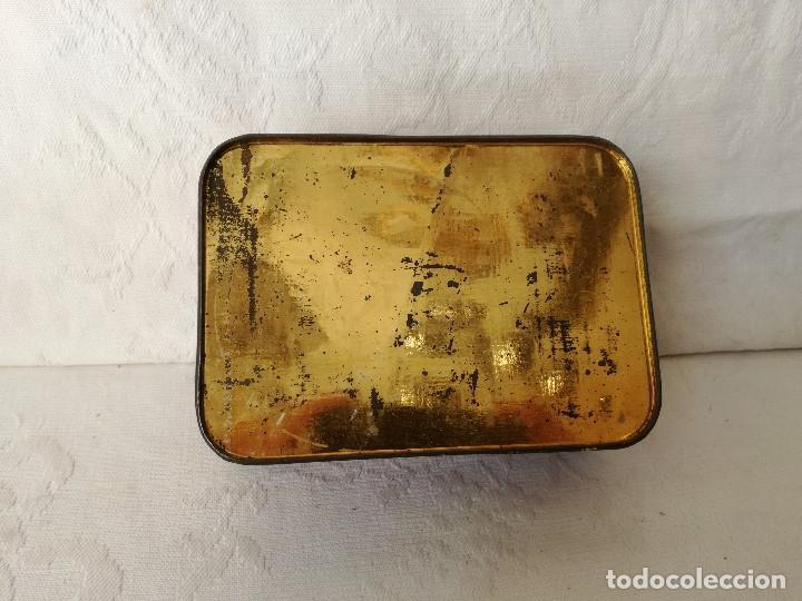 Cajas y cajitas metálicas: CAJA ANTIGUA DE HOJALATA LITOGRAFIADA. ALMENDRAS GARRAPIÑADAS SALINAS. - Foto 6 - 165088786