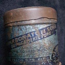 Cajas y cajitas metálicas: ANTIGUA LATA BICARBONATO DE SOSA MADRID. Lote 165792370