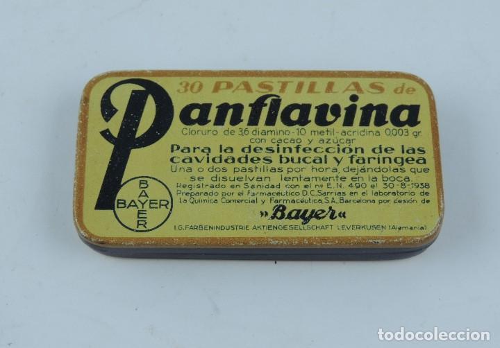 CAJA LITOGRAFIADA DE PANFLAVINA. PARA LA DESINFECCIÓN DE LAS CAVIDADES BUCAL Y FARÍNGEA. BAYER. FARM (Coleccionismo - Cajas y Cajitas Metálicas)