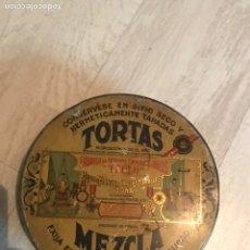 Cajas y cajitas metálicas: CAJA METÁLICA ANTIGUA. Lote 166874598