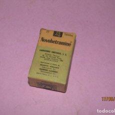 Cajas y cajitas metálicas: ANTIGUA CAJA DE FARMACIA MEDICINA TABLETAS NOVOHETRAMINE DE LABORATORIOS SUBSTANCIA. Lote 168591712