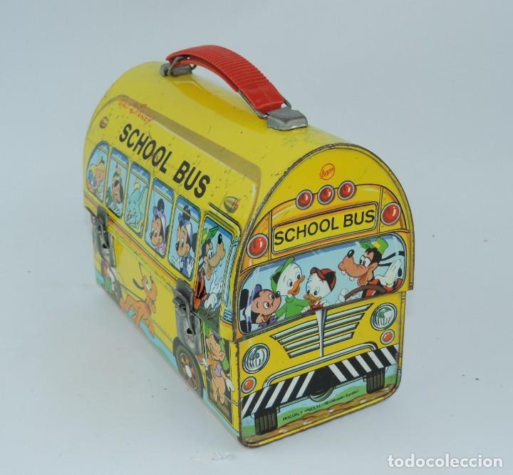 Cajas y cajitas metálicas: Antigua Cabás School bus de Walt Disney, lunch box. Payva, de Pascual y Valls S.L., Ibi, Alicante, - Foto 2 - 168773144