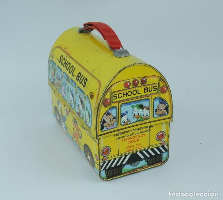 Cajas y cajitas metálicas: Antigua Cabás School bus de Walt Disney, lunch box. Payva, de Pascual y Valls S.L., Ibi, Alicante, - Foto 4 - 168773144