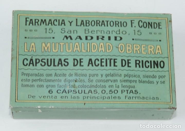 ANTIGUA CAJITA DE FARMACIA DE HOJALATA LITOGRAFIADA CON PUBLICIDAD DE CAPSULAS DE ACIETE DE RICINO D (Coleccionismo - Cajas y Cajitas Metálicas)