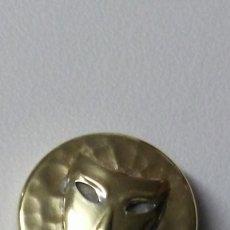 Cajas y cajitas metálicas: CAJITA EN BRONCE FORRADA EN ANTE. Lote 169575424