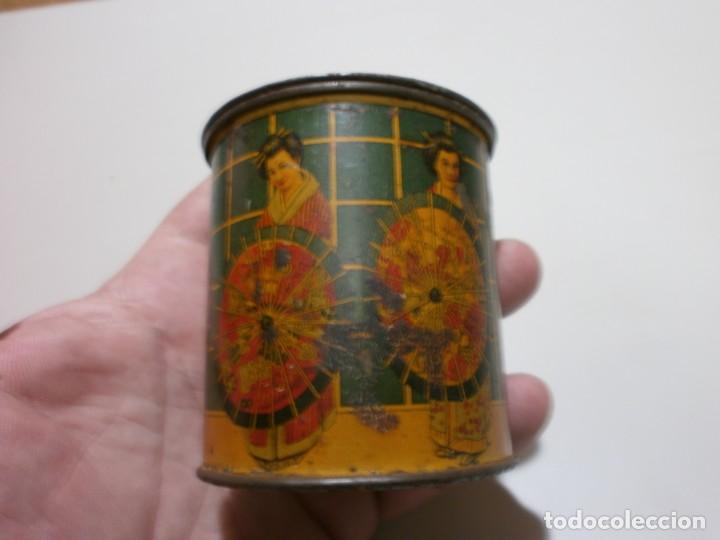 Cajas y cajitas metálicas: apreciada caja de chapa infusiones de te jose gomez tejedor mide 8x6,3 - Foto 4 - 170111436