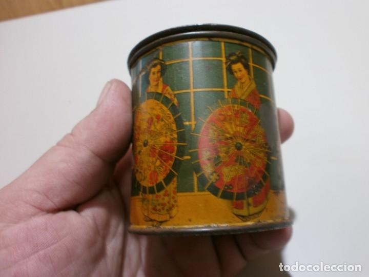Cajas y cajitas metálicas: apreciada caja de chapa infusiones de te jose gomez tejedor mide 8x6,3 - Foto 7 - 170111436