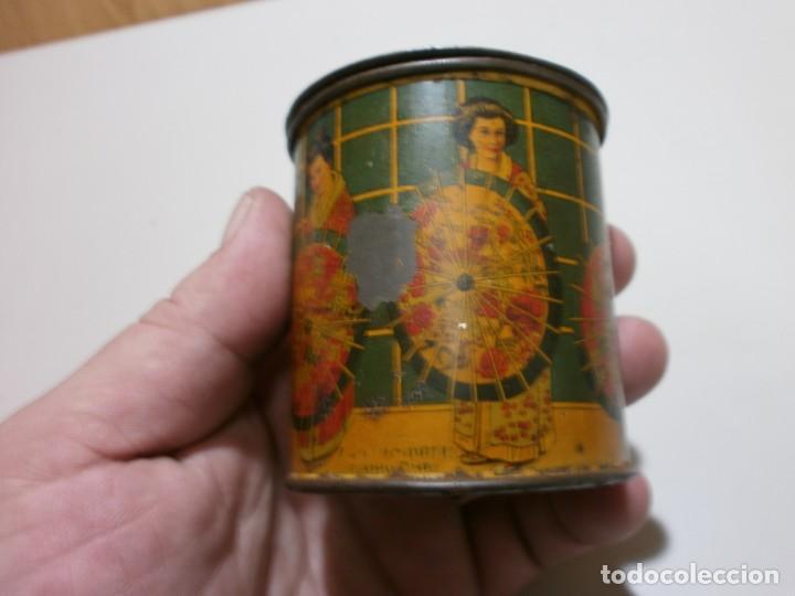 Cajas y cajitas metálicas: apreciada caja de chapa infusiones de te jose gomez tejedor mide 8x6,3 - Foto 8 - 170111436
