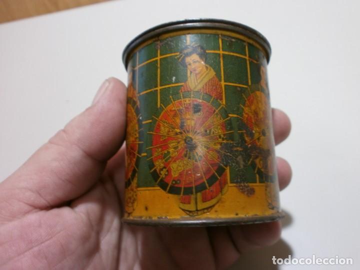 Cajas y cajitas metálicas: apreciada caja de chapa infusiones de te jose gomez tejedor mide 8x6,3 - Foto 9 - 170111436