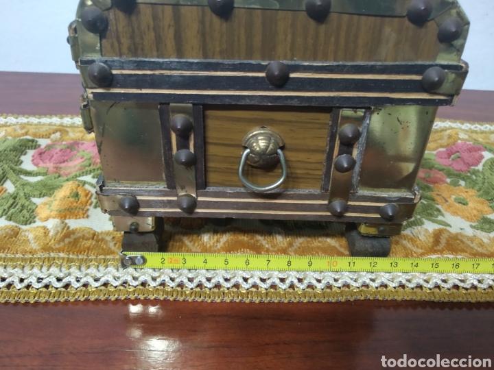 Cajas y cajitas metálicas: Pequeño baul - Foto 10 - 171076589