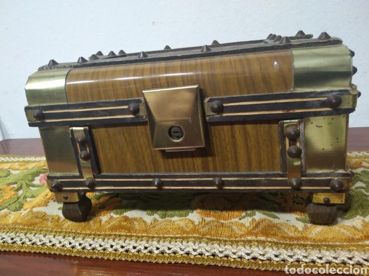 Cajas y cajitas metálicas: Pequeño baul - Foto 12 - 171076589
