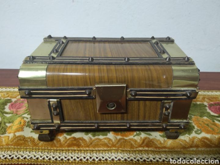 Cajas y cajitas metálicas: Pequeño baul - Foto 13 - 171076589