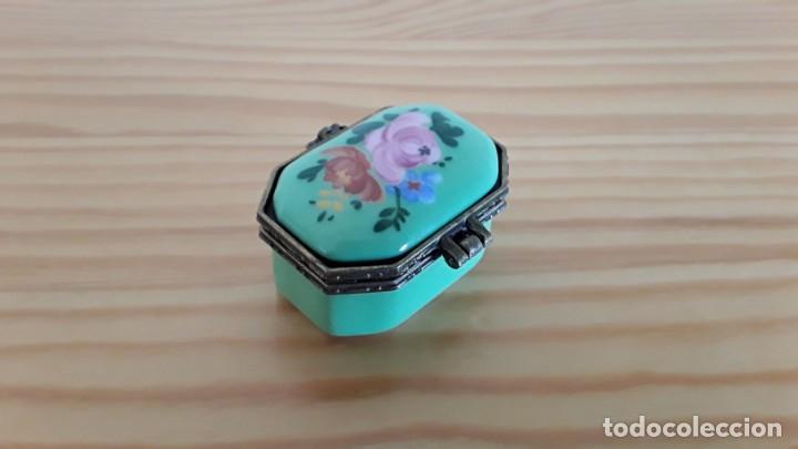 Cajas y cajitas metálicas: Cajita porcelana, pastillero - Foto 5 - 171178403
