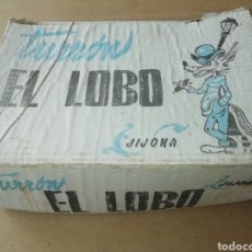 Cajas y cajitas metálicas: ANTIGUA CAJA DE TURRON EL LOBO JIJONA HIJO DE MANUEL SOLER. Lote 171996960
