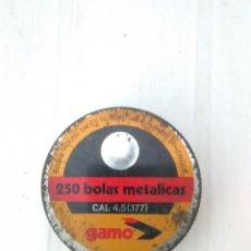 Cajas y cajitas metálicas: ANTIGUA CAJA METALICA DE 250 BOLAS METALICAS MARCA GAMO PERDIGONES. Lote 173875087