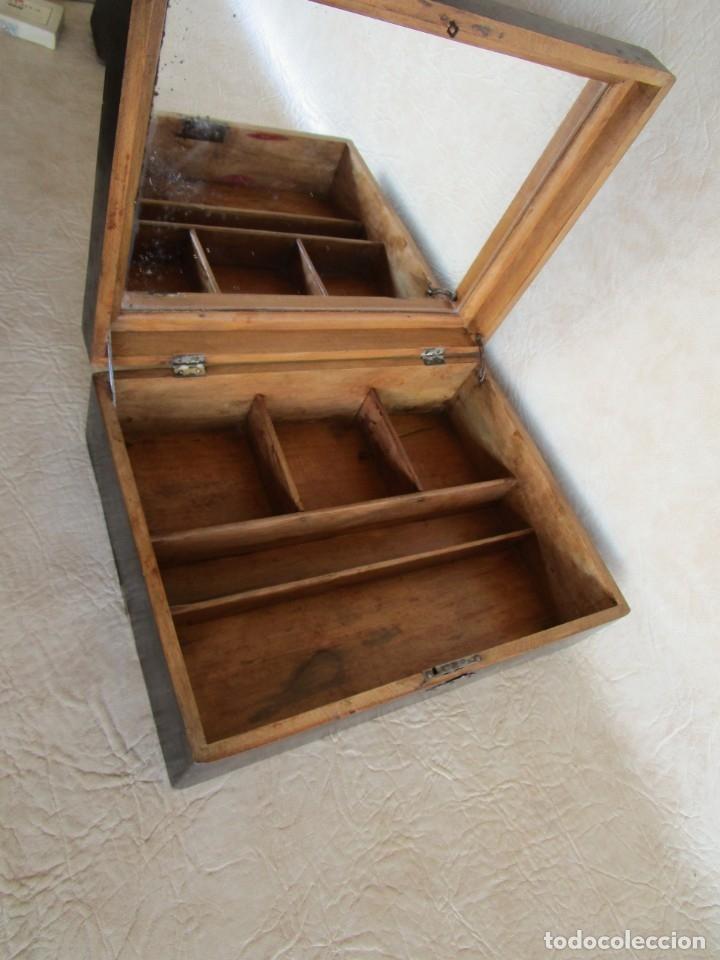 Cajas y cajitas metálicas: antigua caja madera joyero costurero restaurada! con espejo 30 cm x 22,5 cm - Foto 2 - 176285815