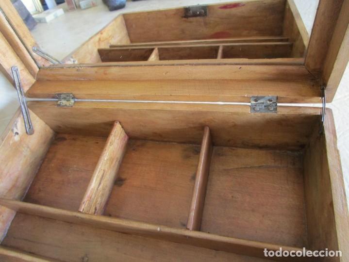Cajas y cajitas metálicas: antigua caja madera joyero costurero restaurada! con espejo 30 cm x 22,5 cm - Foto 4 - 176285815