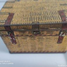 Cajas y cajitas metálicas: CAJA METAL BAÚL. Lote 176541885