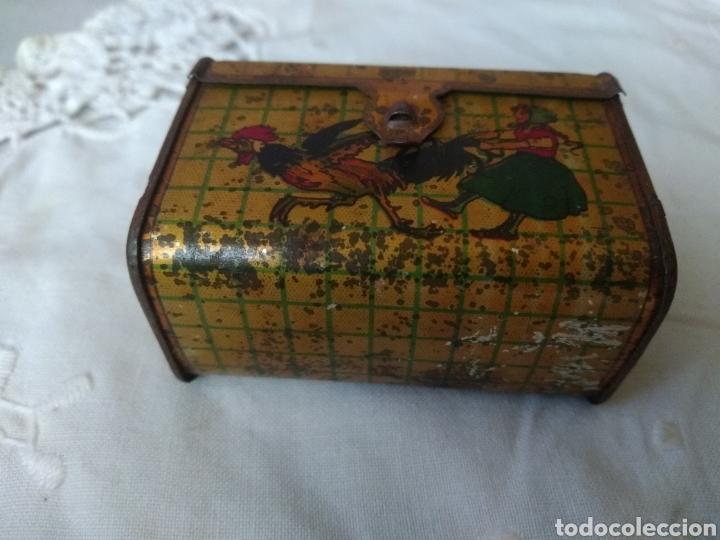 Cajas y cajitas metálicas: CAJITA, ( SIGLO XIX DE METAL , PINTADA ) . MÁS ARTÍCULOS ANTIGUOS EN MI PERFIL. - Foto 5 - 176577560