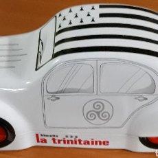 Cajas y cajitas metálicas: CAJA DE METAL GALLETAS LA TRINITAINE. Lote 176694019