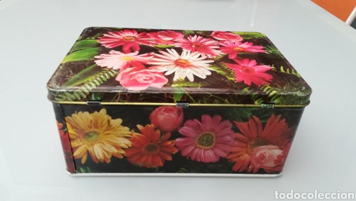 Cajas y cajitas metálicas: Lata de ColaCao - Foto 2 - 176936540
