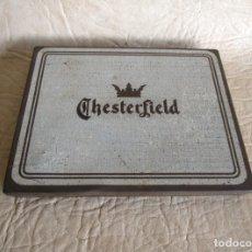 Cajas y cajitas metálicas: CAJA METALICA TABACO CHESTERFIELD MADE IN USA VIRGINIA 14,5 CM X 11,5 CM X 1,5 CM. Lote 36502804