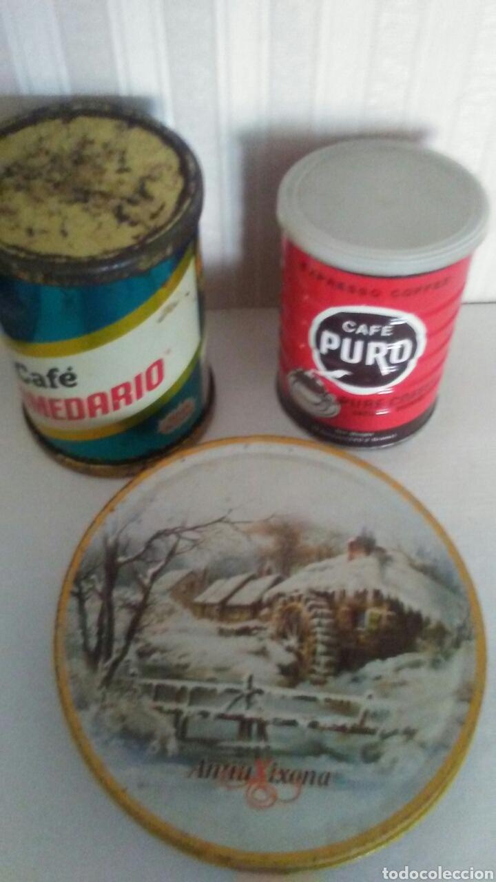 LOTE DE 2 ANTIGUOS BOTES DE CAFE +1 LATA DE TURRON ,SON DE LOS AÑOS 70 (Coleccionismo - Cajas y Cajitas Metálicas)