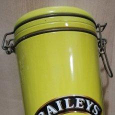 Cajas y cajitas metálicas: CAJA METALICA BAILEYS CON CIERRE. Lote 179158856