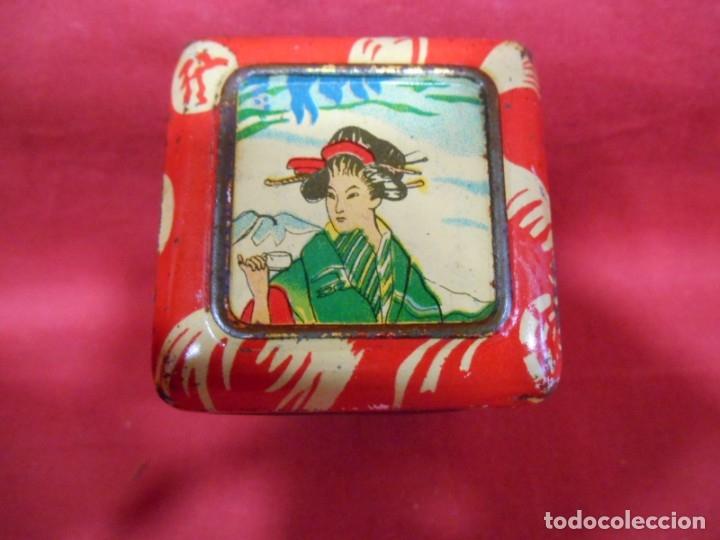 Cajas y cajitas metálicas: ANTIGUA CAJA METALICA TE (QUE RICO THE EL DE LA ESTRELLA) JOSE GOMEZ TEJEDOR, BADAJOZ - AñOS 30 - - Foto 2 - 179188666