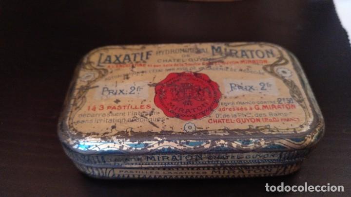 CAJITA DE LATON MEDICAMENTO LAXATIF MIRATON- BALNEARIO CHATEL GUYON (Coleccionismo - Cajas y Cajitas Metálicas)