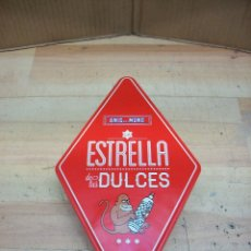 Cajas y cajitas metálicas: CAJA ROMBOIDAL DE ANIS EL MONO. Lote 180340072