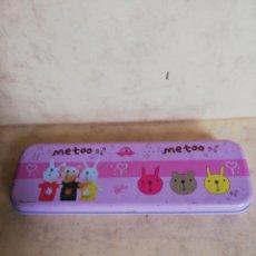 Cajas y cajitas metálicas: CAJA INFANTIL PARA LAPICEROS. Lote 180446428