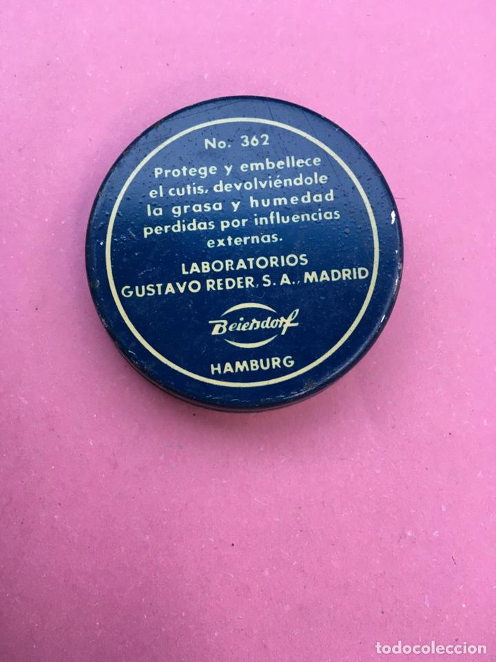 Cajas y cajitas metálicas: Caja metálica de Nívea - Foto 2 - 181095723