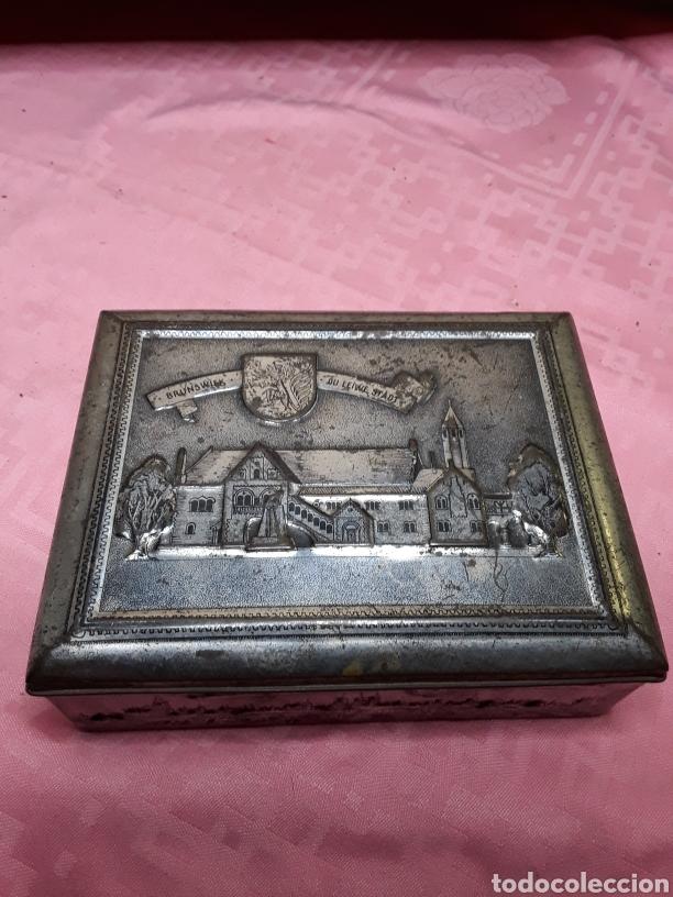 Cajas y cajitas metálicas: Caja de chapa con relieves - Foto 2 - 181504232