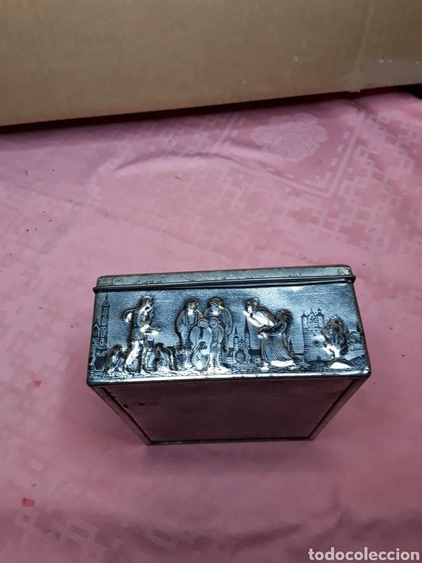 Cajas y cajitas metálicas: Caja de chapa con relieves - Foto 3 - 181504232