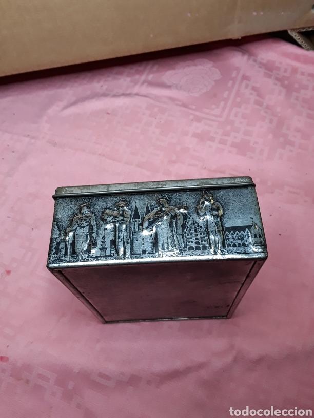 Cajas y cajitas metálicas: Caja de chapa con relieves - Foto 5 - 181504232