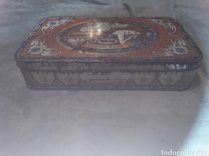 Cajas y cajitas metálicas: Caja de hojalata bombones valor - Foto 2 - 181885732