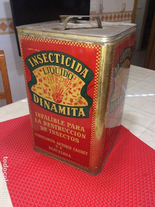 INSECTICIDA DINAMITA - LATA DE 10 LITROS VENTA A GRANEL - AÑOS 30 - ANTONIO CAUBET - BARCELONA (Coleccionismo - Cajas y Cajitas Metálicas)