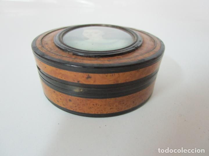 Cajas y cajitas metálicas: Preciosa Cajita de Rapé - Snuff Box - Dama - Raíz de Madera, Ébano - Interior Carey - S. XVII-XVIII - Foto 6 - 183662701