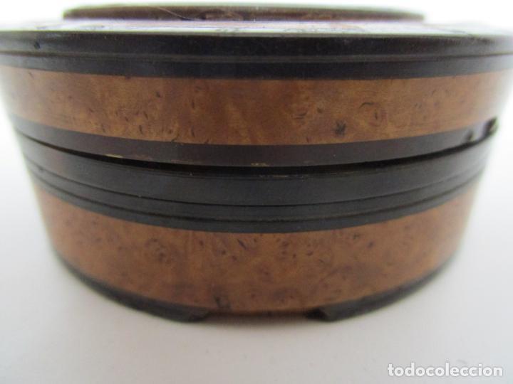 Cajas y cajitas metálicas: Preciosa Cajita de Rapé - Snuff Box - Dama - Raíz de Madera, Ébano - Interior Carey - S. XVII-XVIII - Foto 7 - 183662701