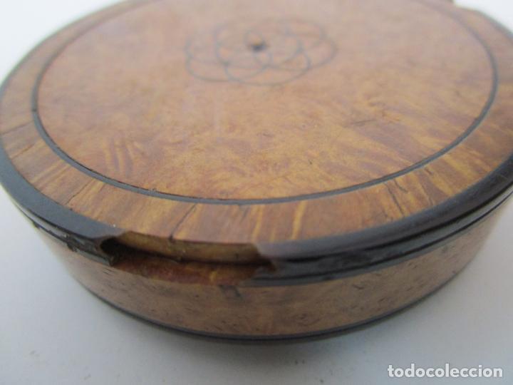 Cajas y cajitas metálicas: Preciosa Cajita de Rapé - Snuff Box - Dama - Raíz de Madera, Ébano - Interior Carey - S. XVII-XVIII - Foto 15 - 183662701