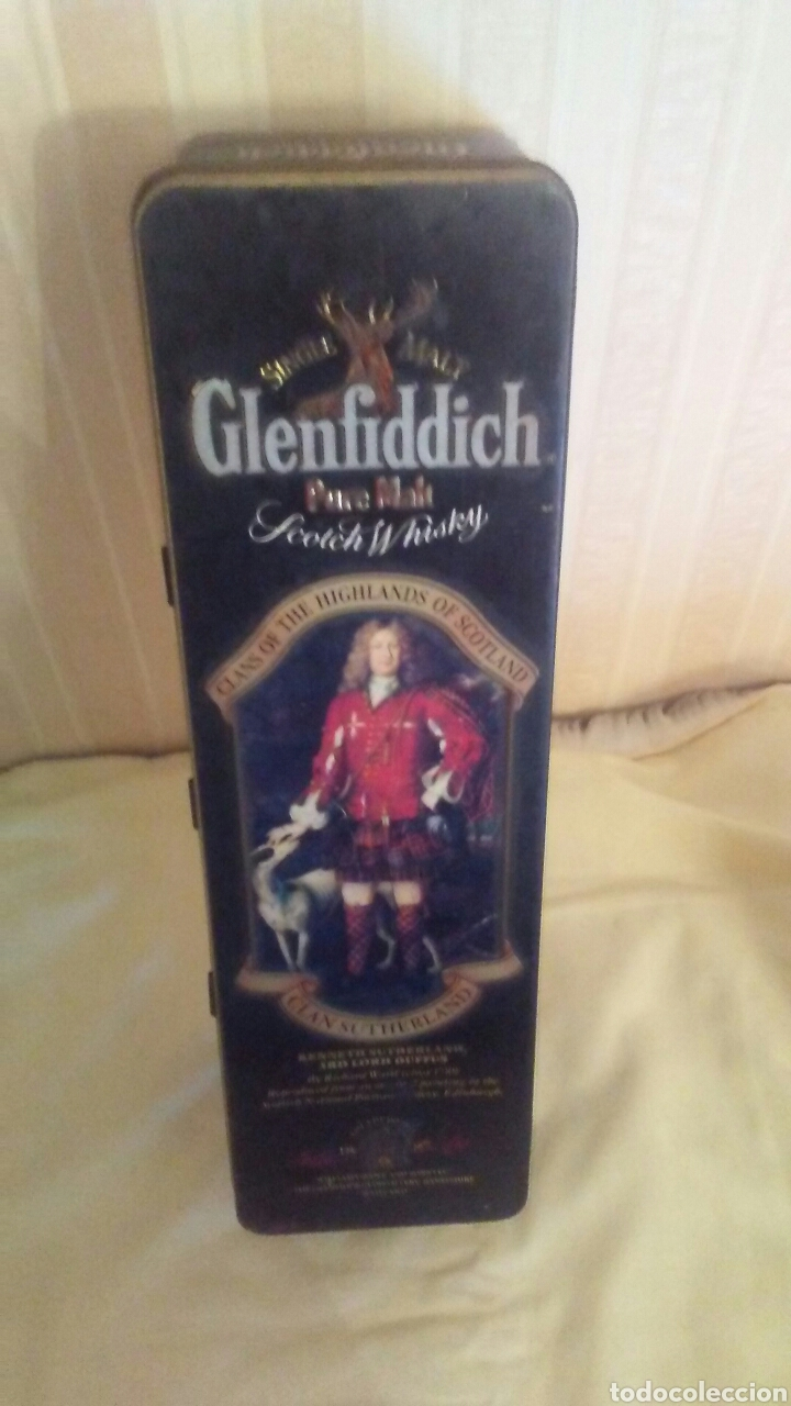 Cajas y cajitas metálicas: Caja de hojalata Whisky Glenfiddich,mide32x9x9,es de los años 70 - Foto 2 - 184535421