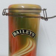 Cajas y cajitas metálicas: CAJA METÁLICA BAILEYS - VACÍA. Lote 187191995