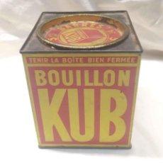 Cajas y cajitas metálicas: LATA DE BOUILLON KUB, COMPLETA BUEN ESTADO. MED. 11,50 X 11,50 X 13,50 CM ALTURA. Lote 187330516