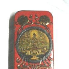 Cajas y cajitas metálicas: LATA RECUERDO DE MONTSERRAT AÑOS 20 MODERNISTA. MED. 5 X 10 CM. Lote 187330815