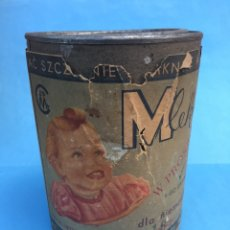 Cajas y cajitas metálicas: ANTIGUA LATA DE LECHE PARA NIÑOS. BOTE POLACO DE 1956 DE ALIMENTO INFANTIL. MLEKO. Lote 187425102