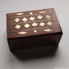 Cajas y cajitas metálicas: LOTE DE 7 CAJITAS DE MADERA CON ADORNOS EN METAL. Lote 188651942