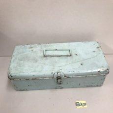 Cajas y cajitas metálicas: ANTIGUA CAJA METÁLICA. Lote 189125731